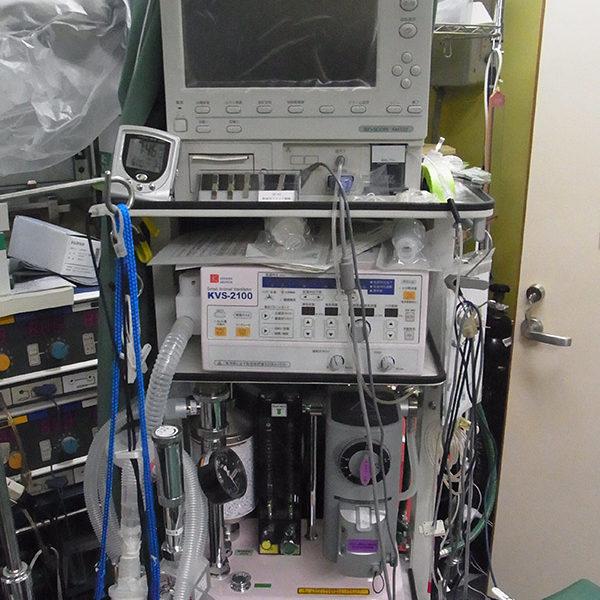 ベンチレータ・麻酔器心電モニター